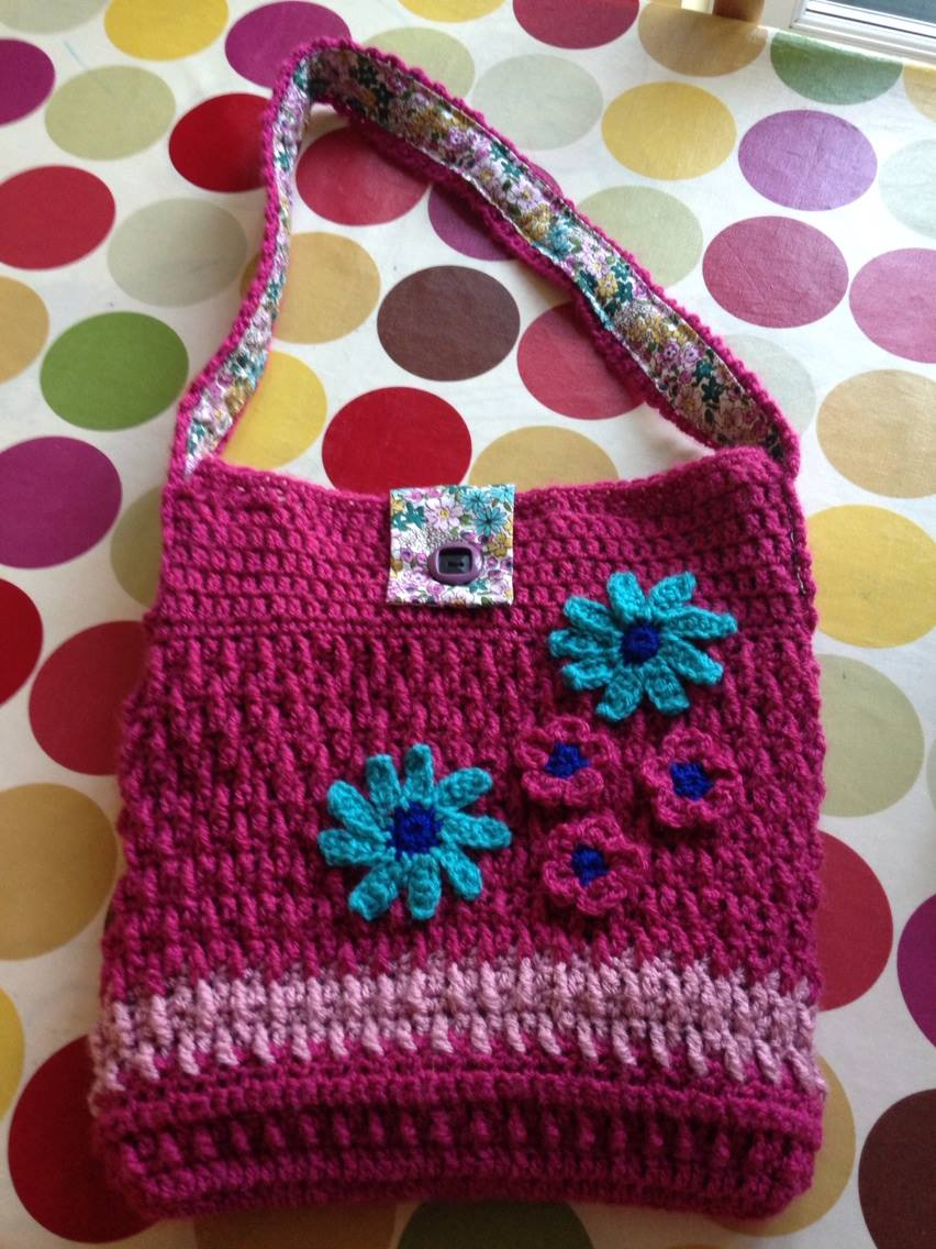 My pink and floral crocheted shopping bag.