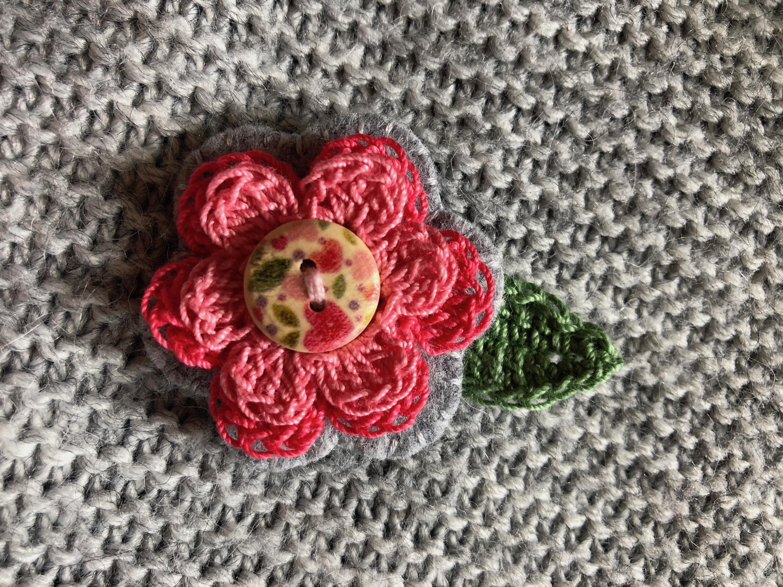 Little flower brooch.