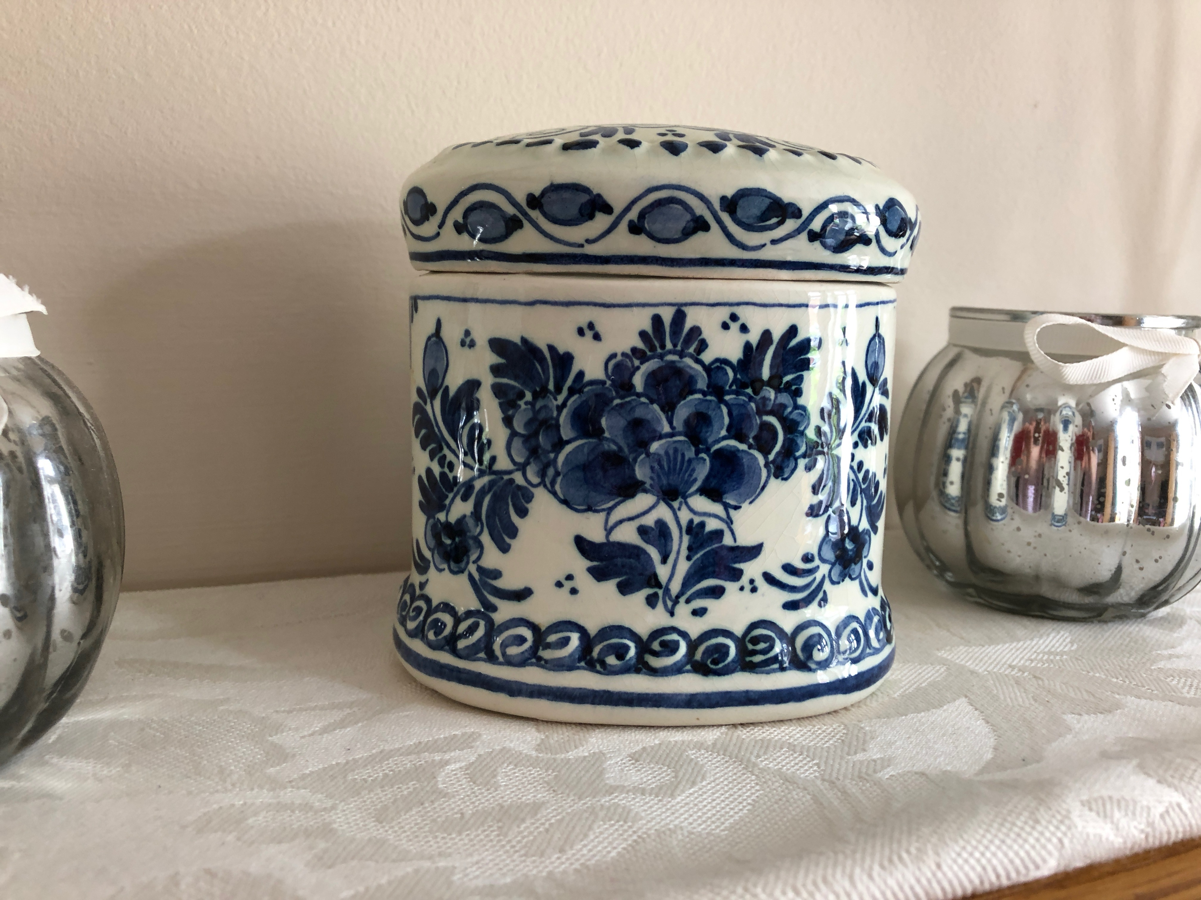 A wonderful little blue and white ceramic trinket box I picked up at a car boot sale. I love the colours and pattern. I think it could be inspiration to me for a new creation.